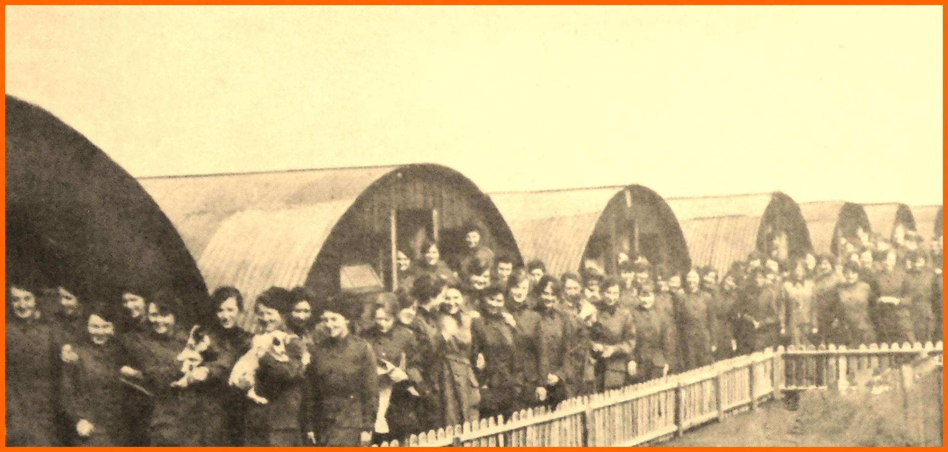 Calais 14 18 baraquement d un detachement de femmes de la waac women auxiliary army corps encadre