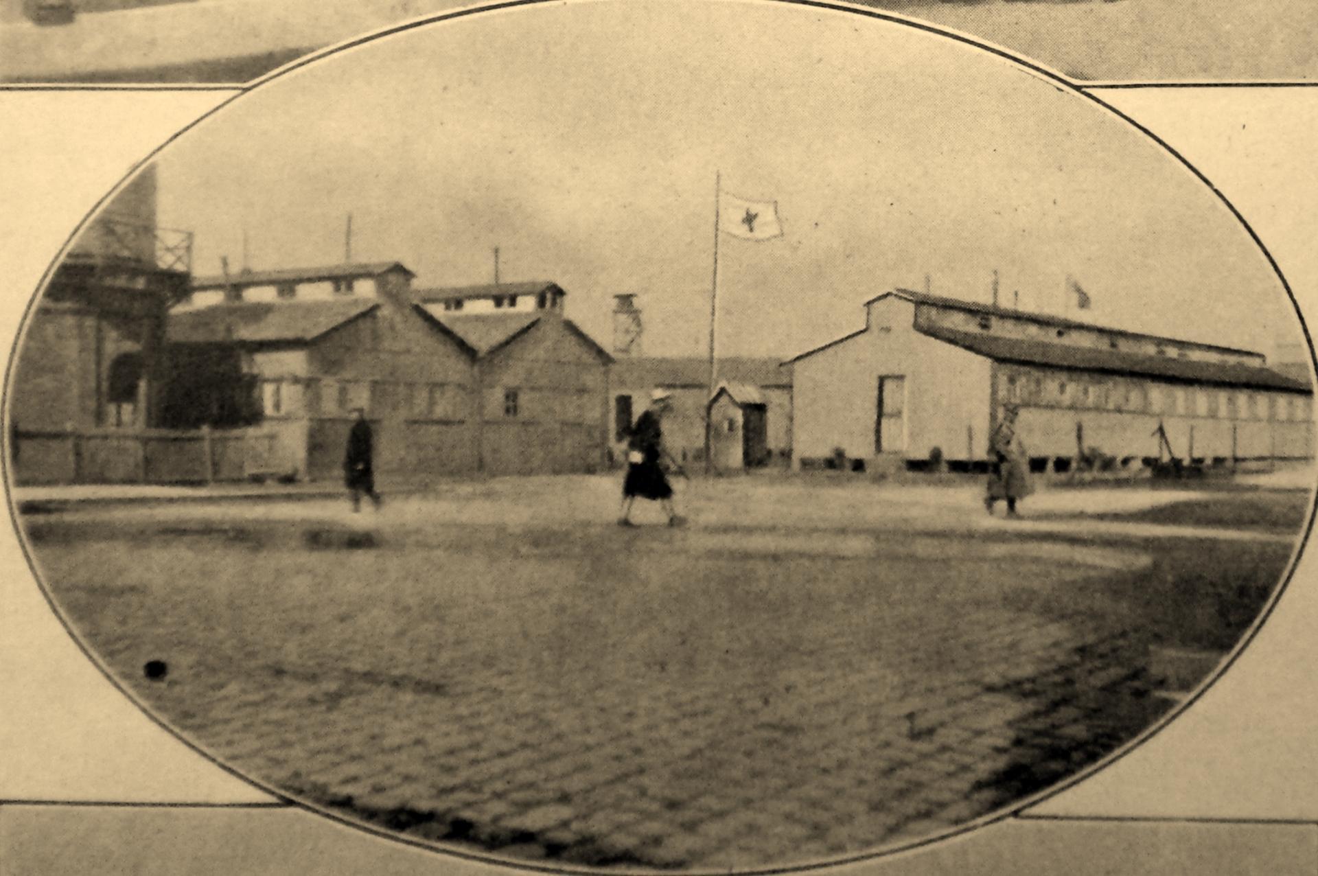 Calais 14 18 baraquement d un hopital belge place de la gare