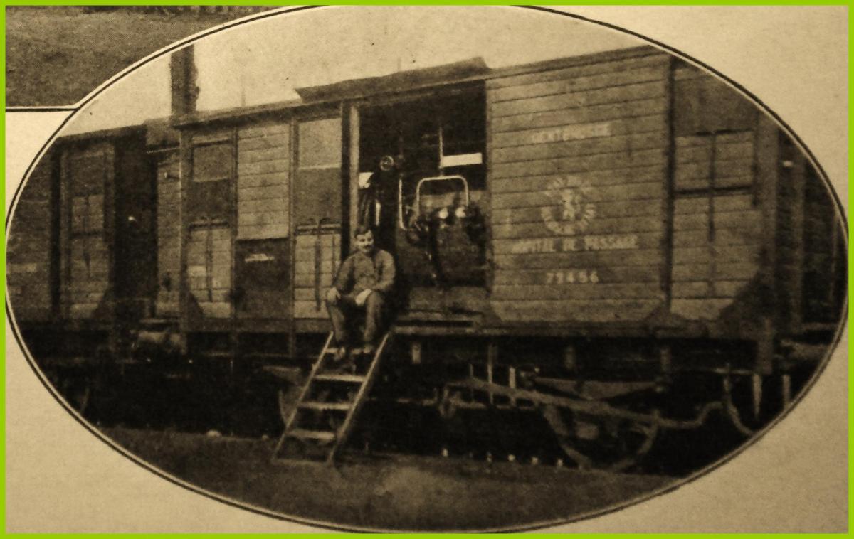 Calais 14 18 etuve de desinfection base belge installee dans un wagon au moment de l epidemie de fievre typhoide sevissait dans calais encadre