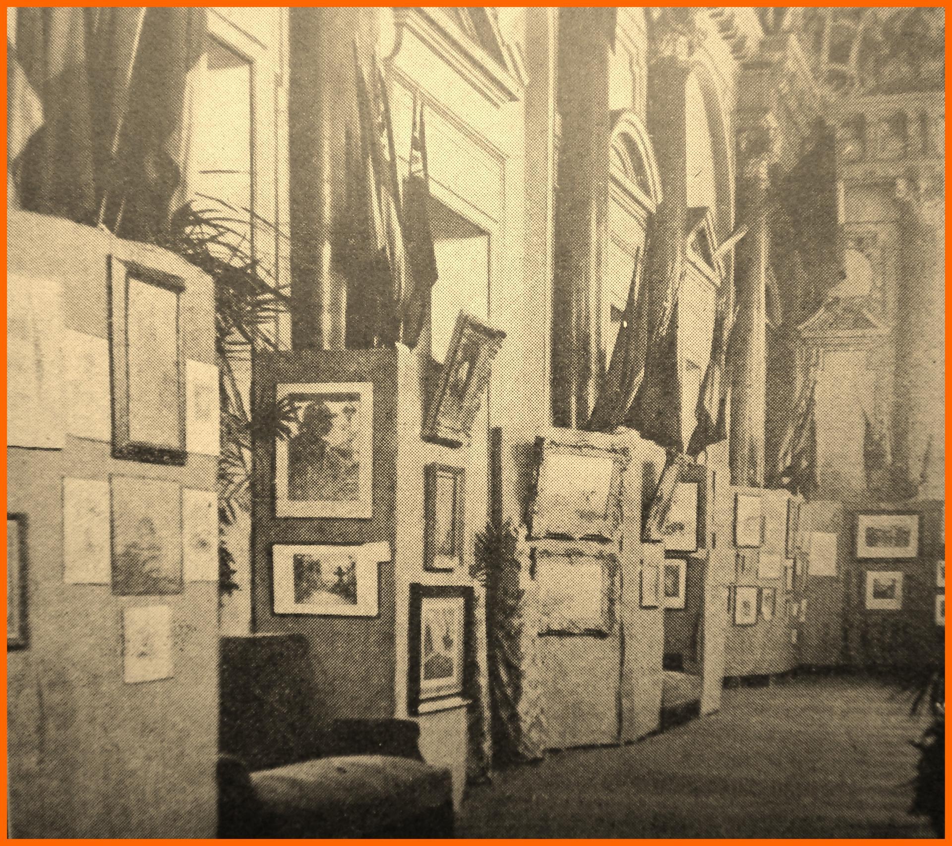 Calais 14 18 foyer du theatre transforme en salle d exposition encadre