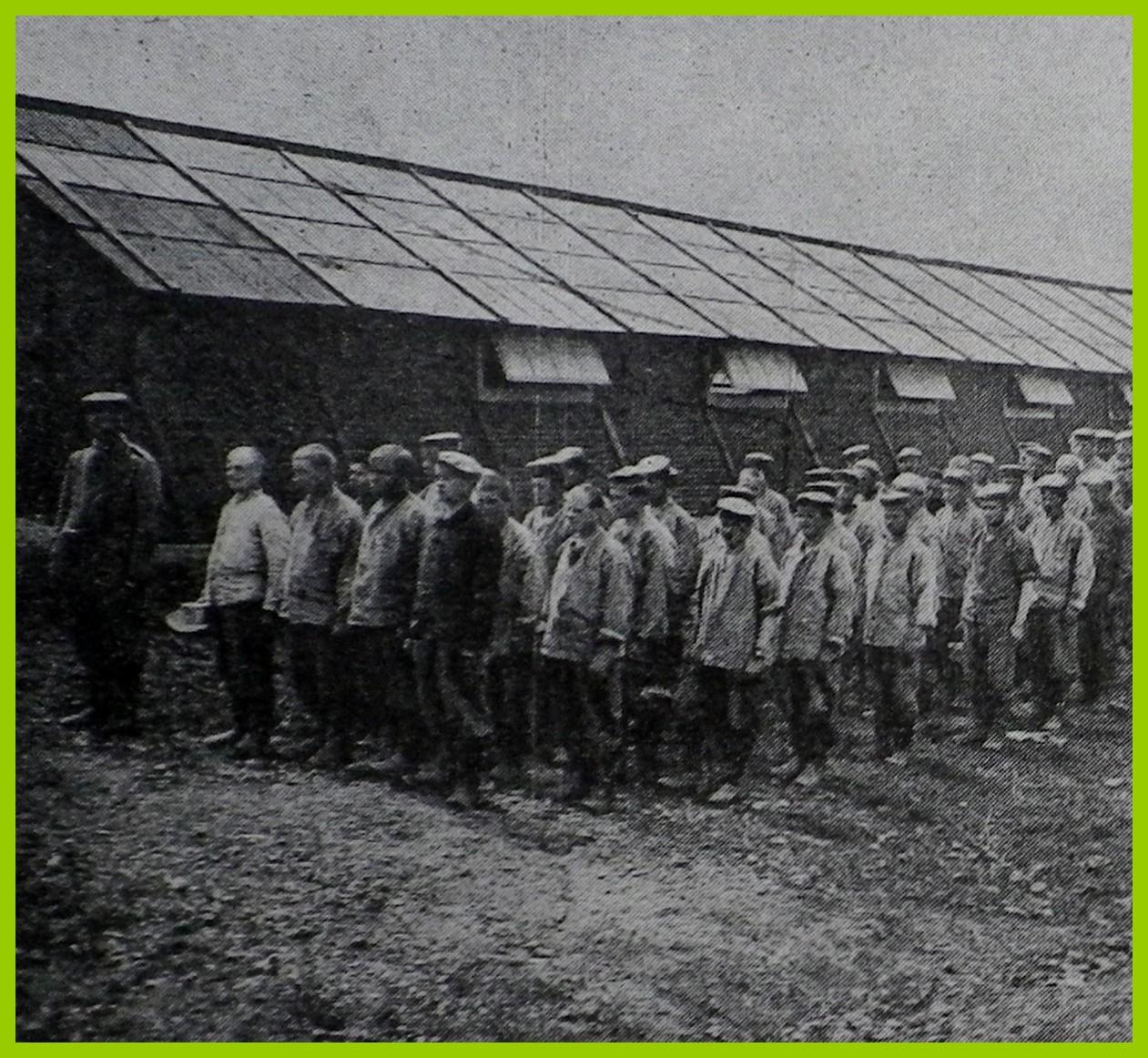 Calais 14 18 prisonniers allemands encadre