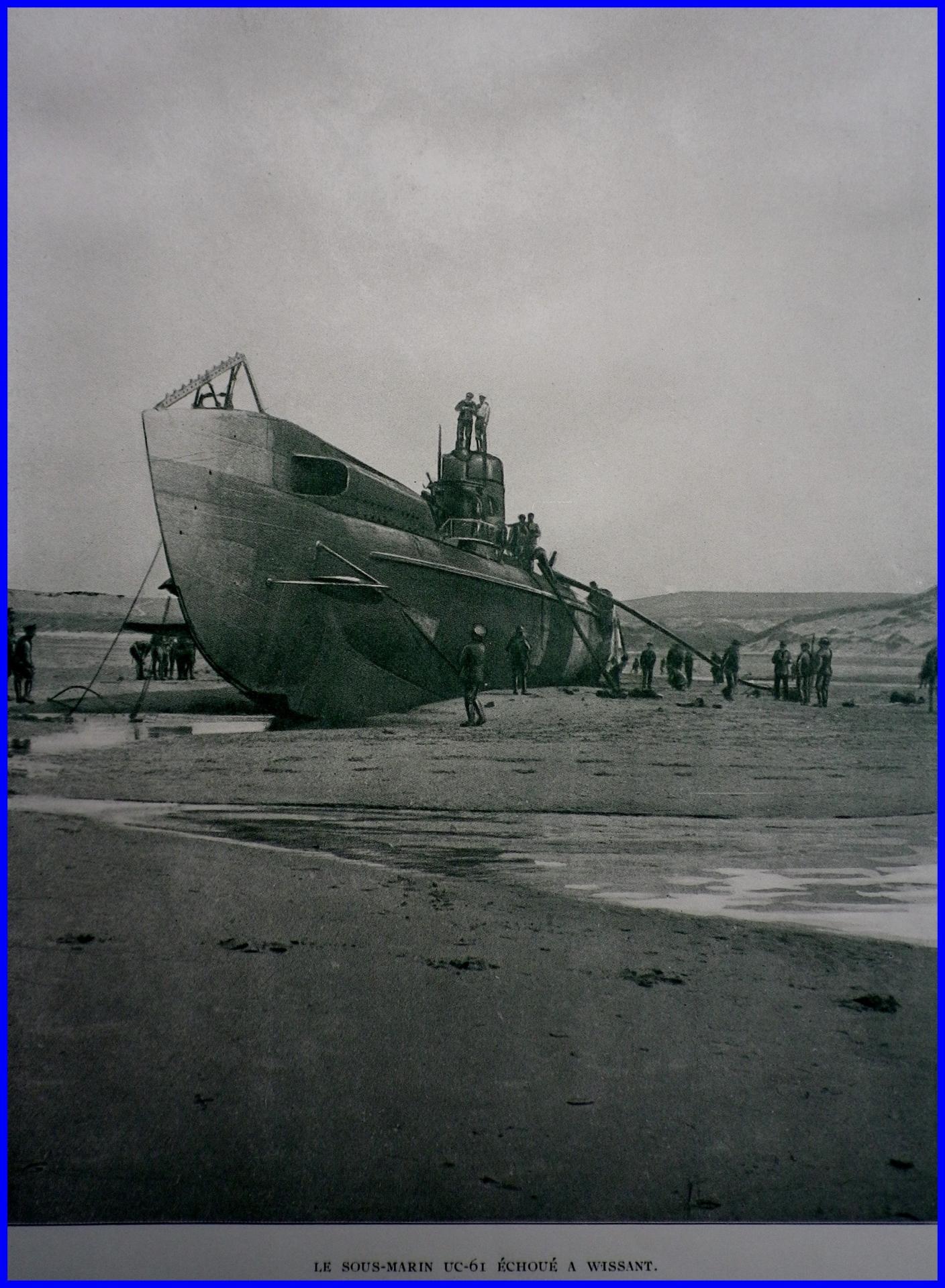Calais 14 18 sous marin echoue encadre