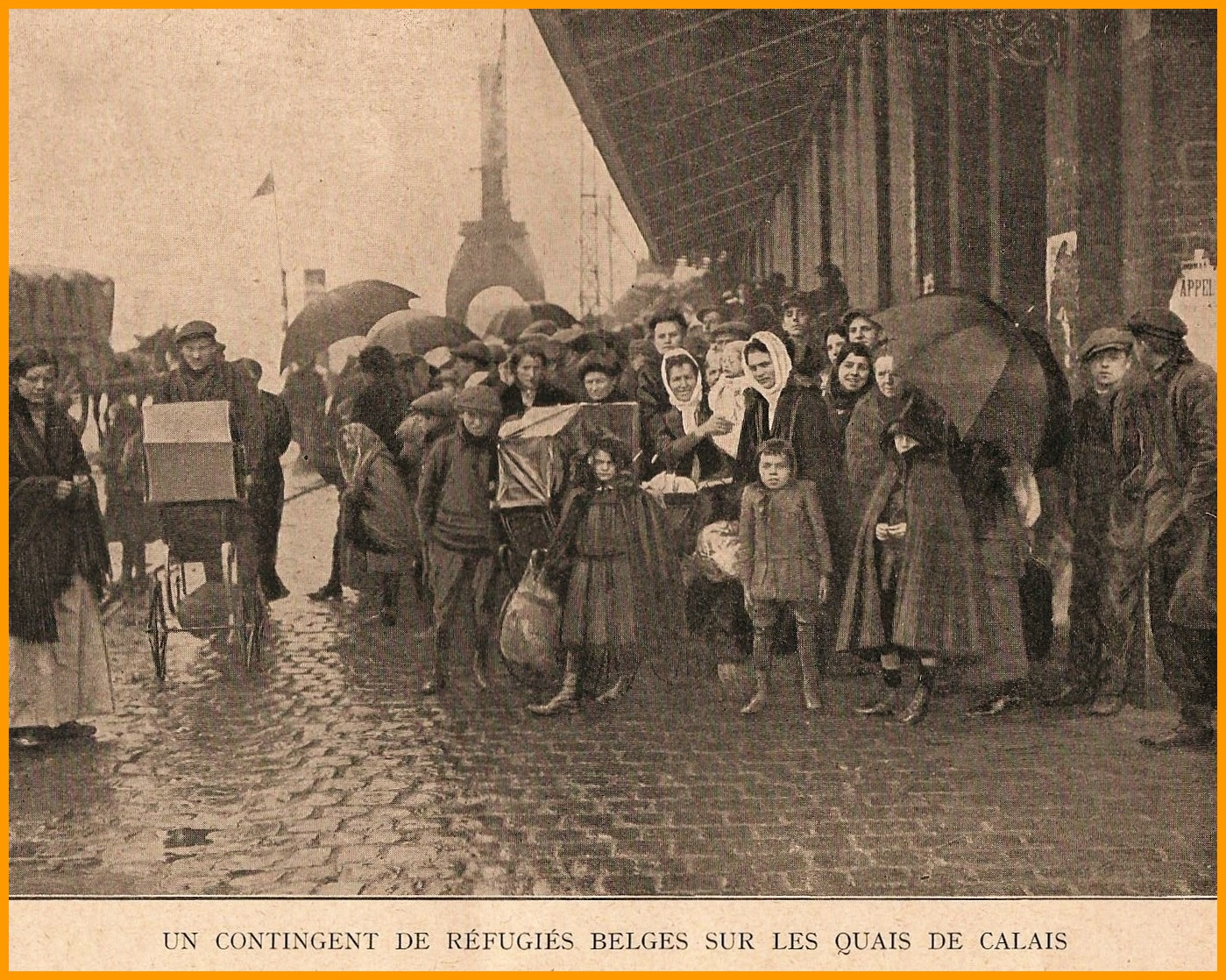 Calais 14 18 un contingent de refugies belges sur les quais de calais encadre