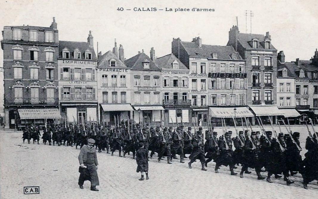 Calais defile militaire place d armes
