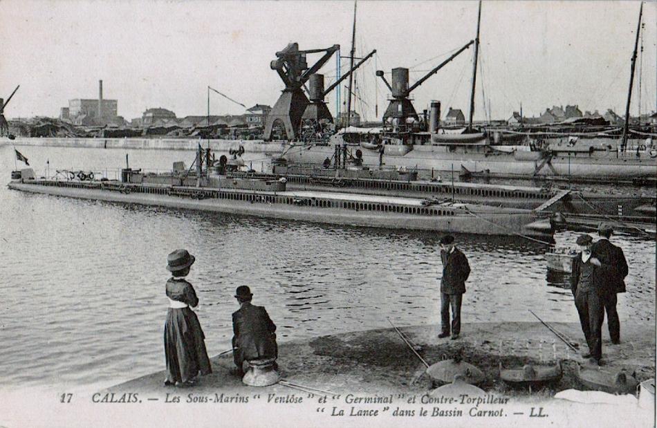 Calais les sous marins et contretorpilleur