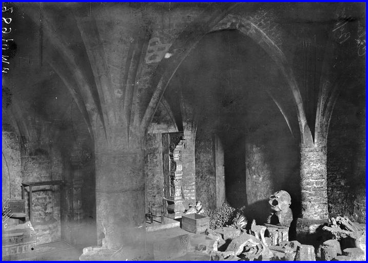 Calais sous l ancien musee un abri 14 18 encadre